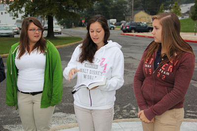 Student Prayer Circle, Flagpole, Tamaqua High School, Tamaqua (9-26-2012)