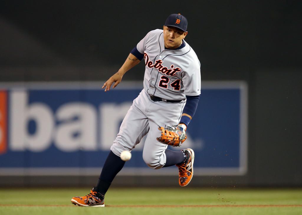 . xxx xxx in the xxx inning of a baseball game, Friday, Aug. 22, 2014, in Minneapolis. (AP Photo/Jim Mone)