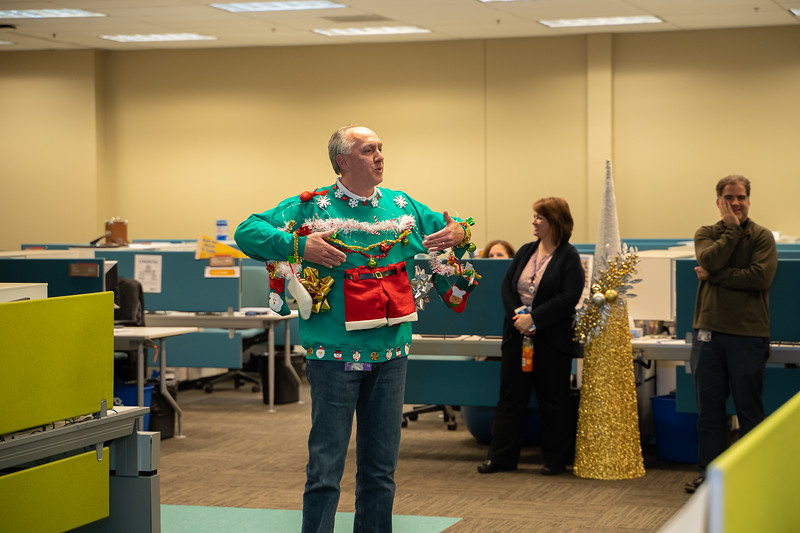 Resource Group Holiday Party 2019-00699.jpg