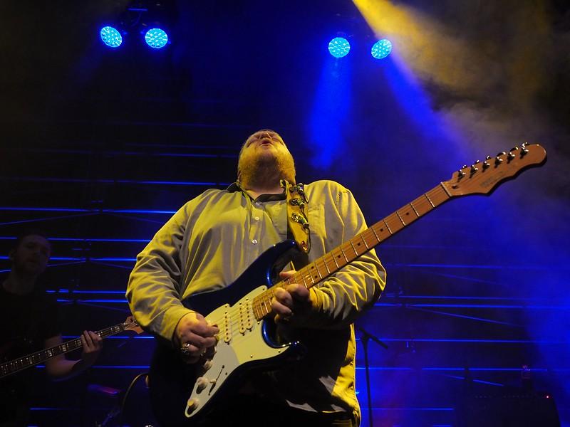 Danny Bryant Bluesfestival Hoogeveen 18-11-17 (88).jpg