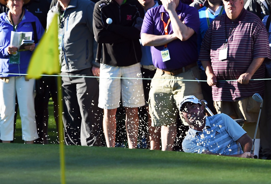 . Australia\'s Steven Bowditch hits out of the sand on 1st hole during Round 1 of the 80th Masters Golf Tournament at the Augusta National Golf Club on April 7, 2016, in Augusta, Georgia. DON EMMERT/AFP/Getty Images