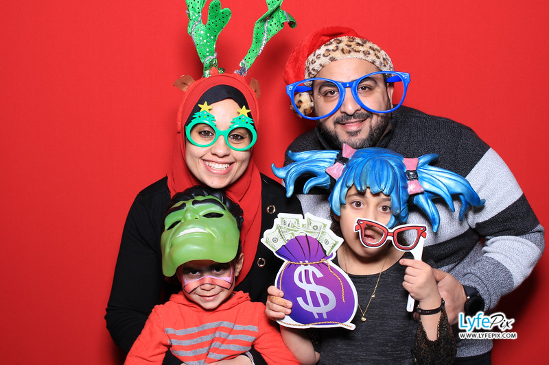 eastern-2018-holiday-party-sterling-virginia-photo-booth-0158.jpg