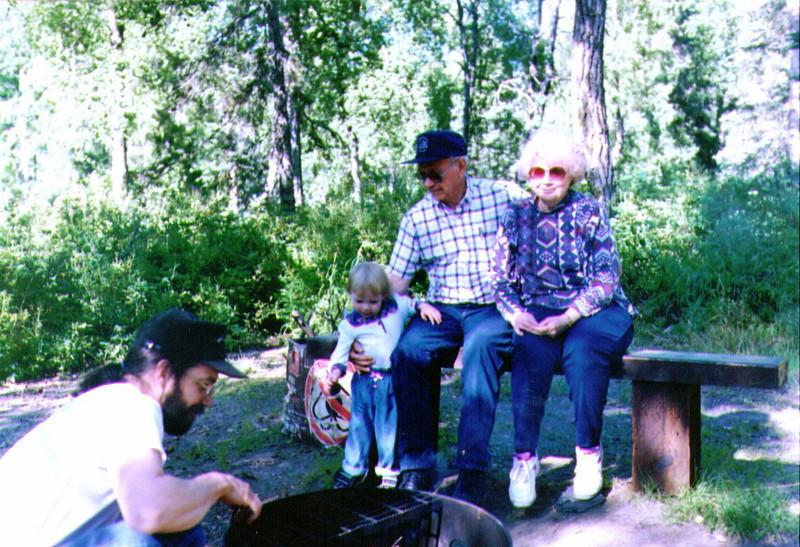 Dave, Alina, Grandpa Wayne & Grandma Bonnie, 8-1994 -1.jpg