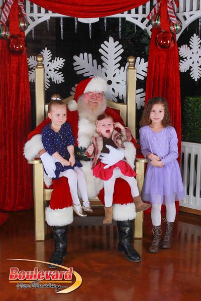 Santa 12-17-16-160.jpg