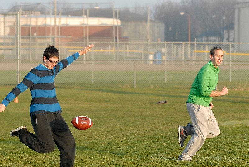 2012 Turkey Bowl-11.jpg