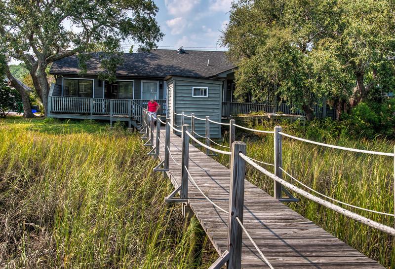 house-dock-grasses.jpg