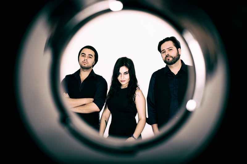 Tay trio 07.jpg