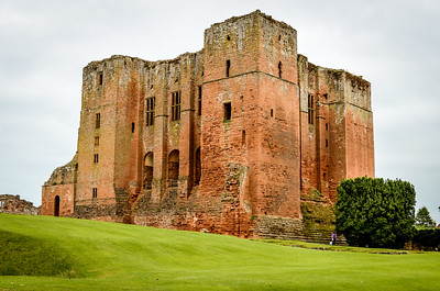 Kenilworth Castle in colour
