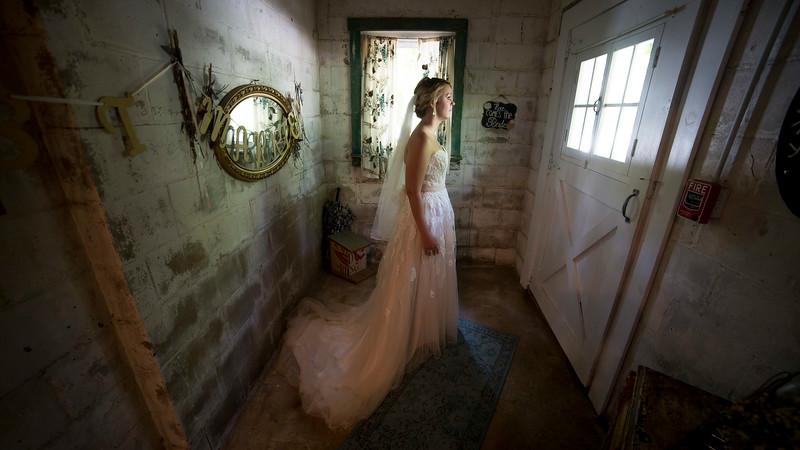 Garrett & Lisa Wedding (073).jpg