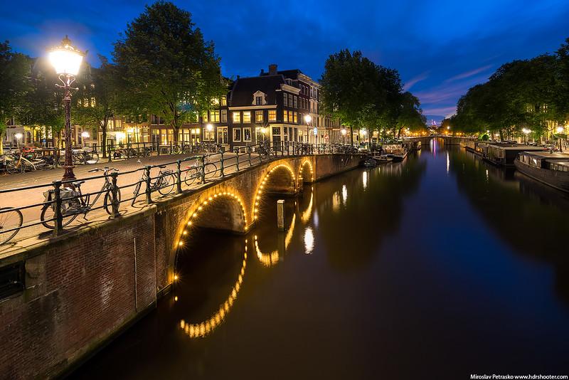 Amsterdam_DSC0280-web.jpg
