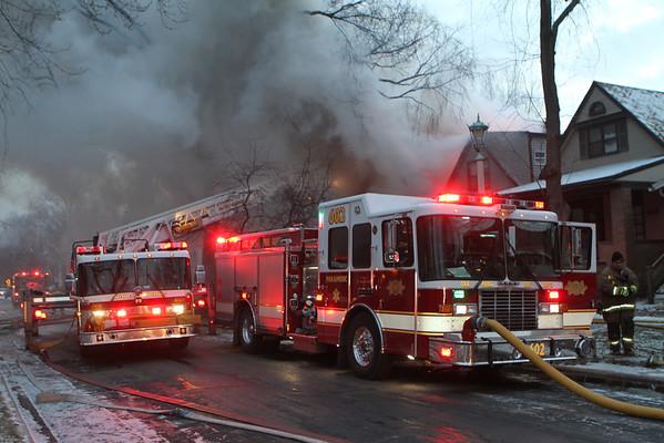 OAK PARK, IL 2ND ALARM FIRE 833 N. LOMBARD (01-23-2013)