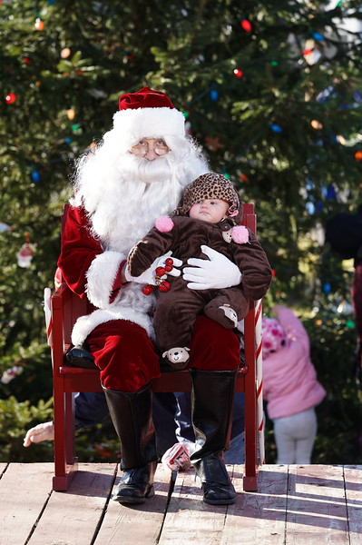Santa In The Park 20190139.JPG