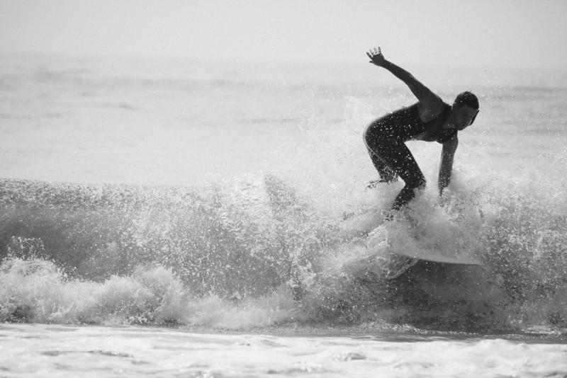Surf_BW_050.jpg