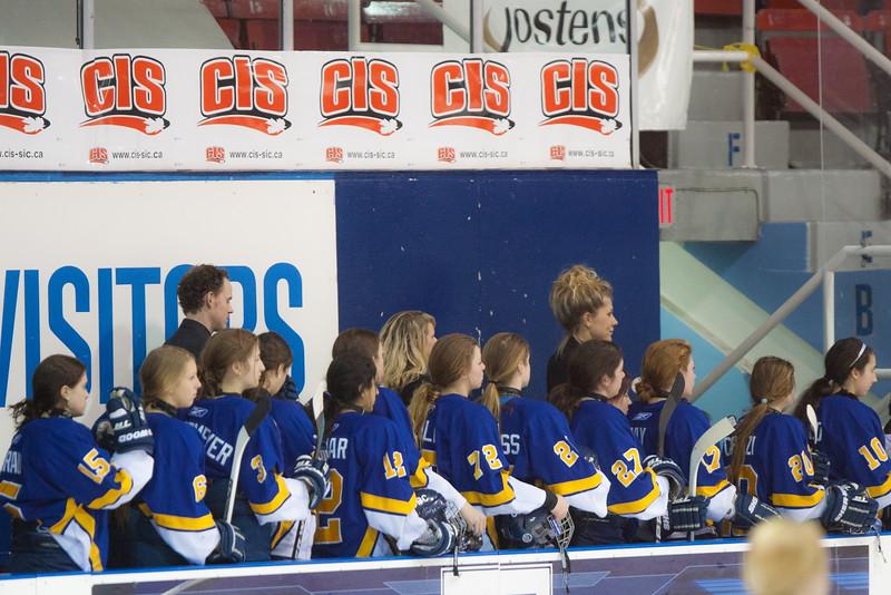 20130310 QWHockeyvsUBC 143.jpg