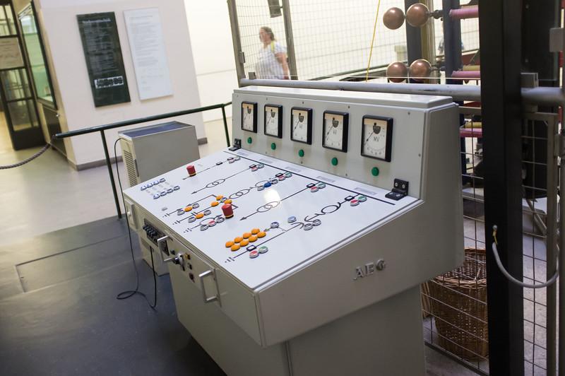 deutches_museum_electricalDSCF2339.jpg