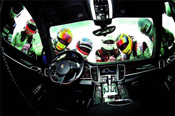 2010 Porsche Panamera Press Kit Images