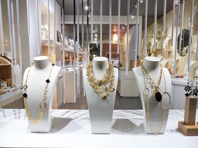 Display Design Idea Jewellery