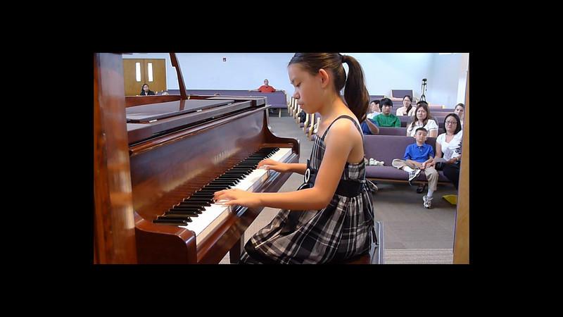 20120519_piano-recital-april.mp4