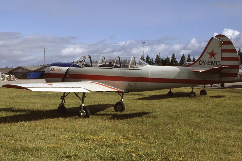 OY-EMC-YakovlevYak-52-Private-EKVJ-1998-06-13-FD-21-KBVPCollection.jpg