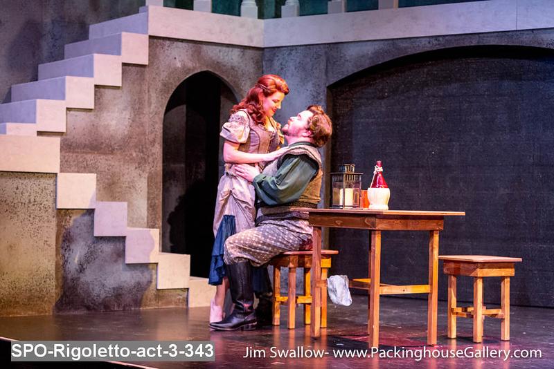 SPO-Rigoletto-act-3-343.jpg