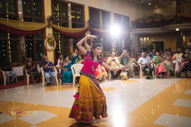 LightStory-Lavanya+Vivek-576.jpg