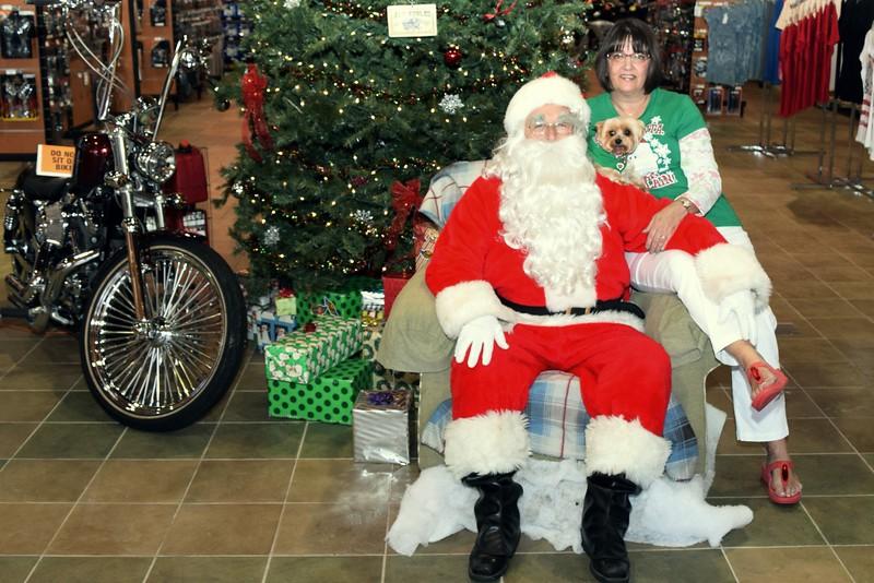 2014 Santa Visits J&P Cycles Florida Superstore (87).JPG