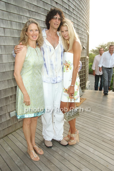 Liz Brown, Howard Stern, Beth Ostrosky photo by Rob Rich © 2008 516-676-3939 robwayne1@aol.com