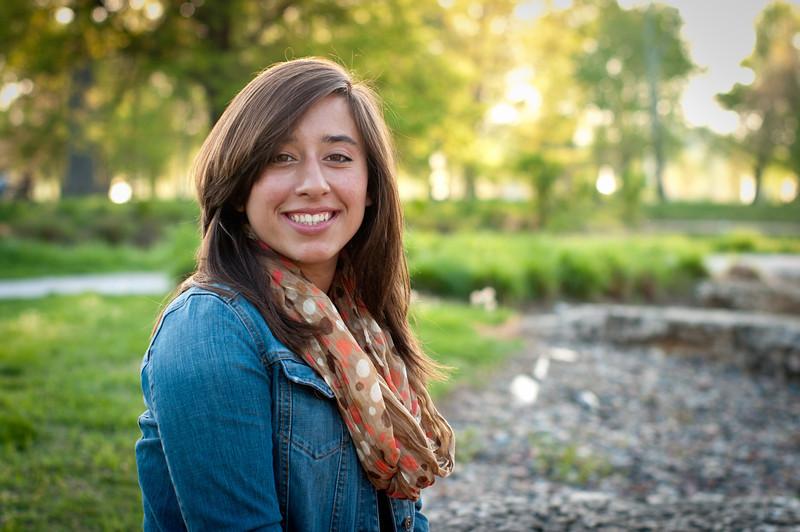 20120402-Senior - Alyssa Carnes-3083.jpg