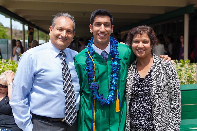 Vishal_Graduation_043.jpg