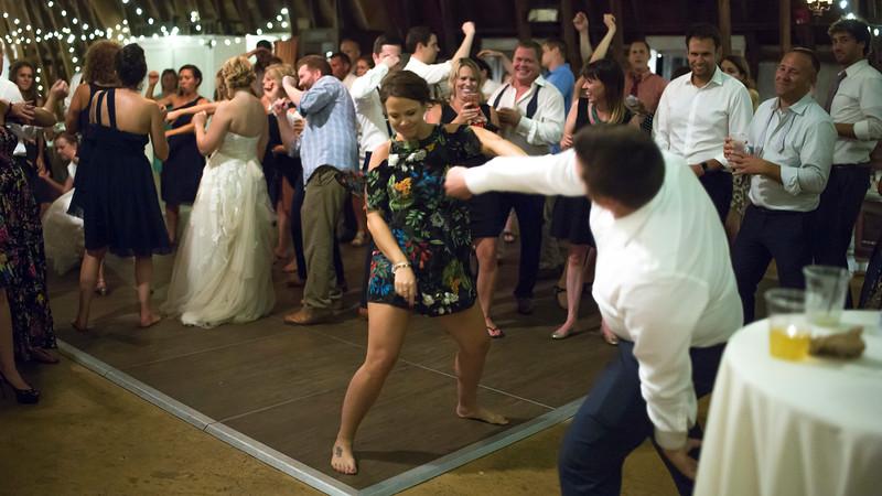 Garrett & Lisa Wedding (926).jpg