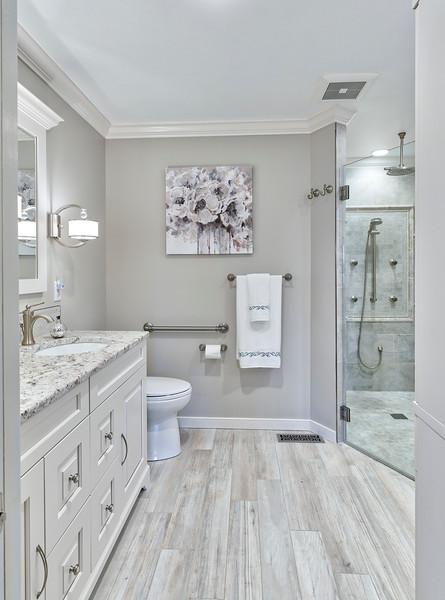 Van Aulen Bathroom 2018
