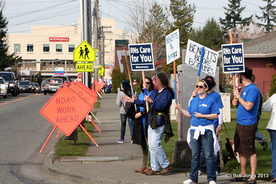 WSNA  informational picket