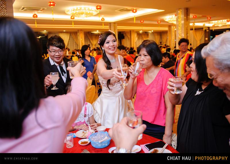 Chee Hou + Li Li - Actual Day Bride Dinner -_-119.jpg