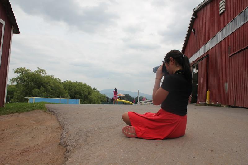 kars4kids_thezone_camp_GirlDivsion_workshops_Photography (24).JPG