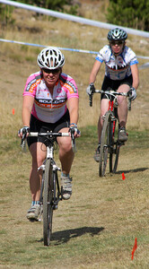 TR-COL-women riders_5699-0052