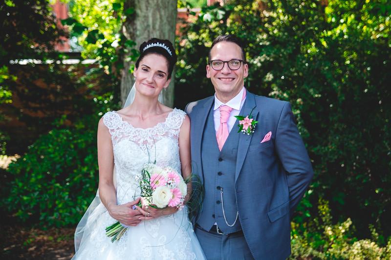 Mr & Mrs Hedges-Gale-120.jpg