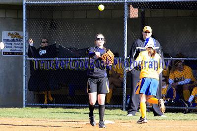 2010 Varsity Softball / Clyde