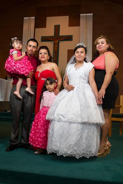 Communion Hispanic-9219-28 4x6.JPG
