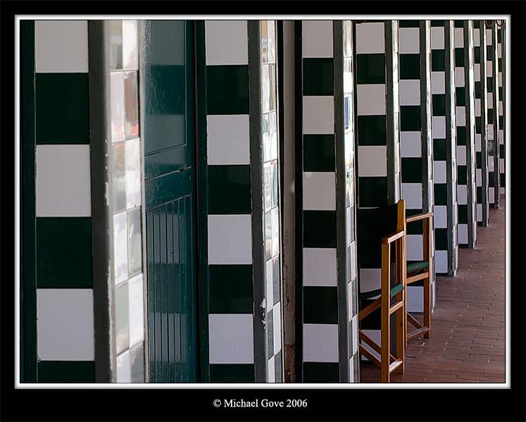 Walls (63061649).jpg