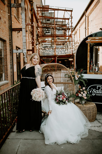 Real Wedding Cover Shoot 01-389.jpg