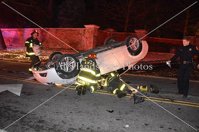 20131219 - Locust Valley - Overturned Auto