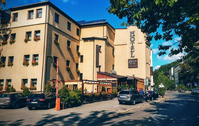 batory-family-hotel-krawkow1.jpg