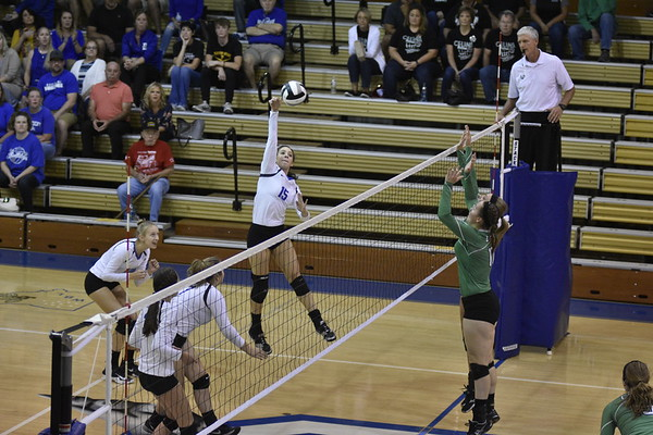 9-28-17 Celina at Defiance VB