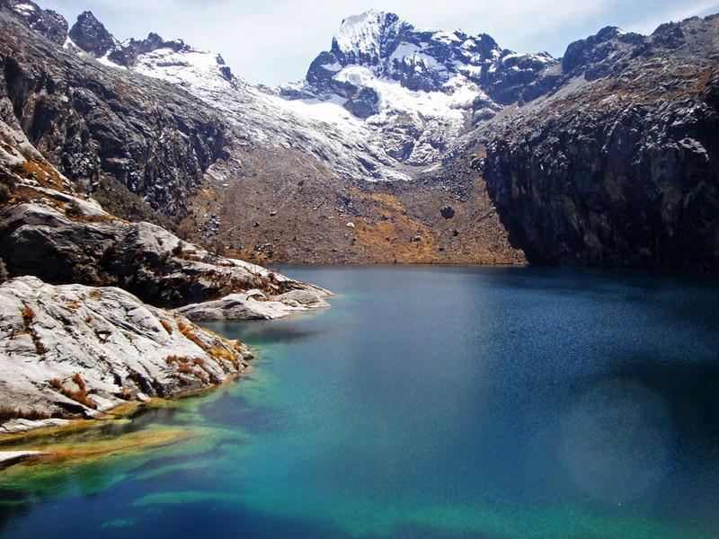 Laguna (Lake) Churup.