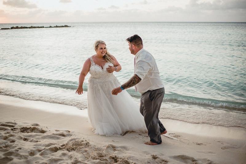 Requiem Images - Aruba Riu Palace Caribbean - Luxury Destination Wedding Photographer - Day after - Megan Aaron -1.jpg