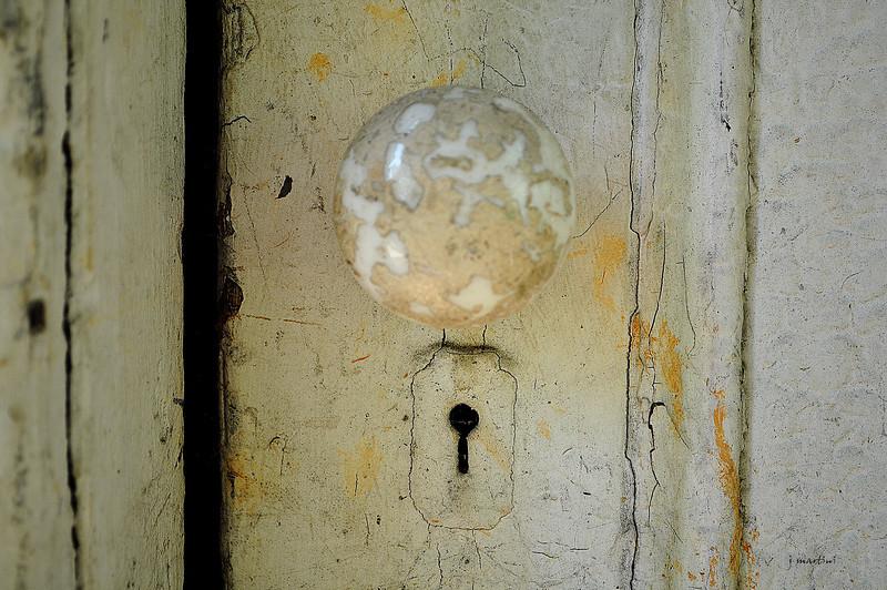 door knob 3 8-14-2012.jpg