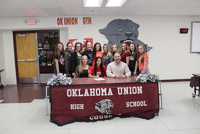 March 9, 2017 Zoe Thomas Letter of intent signing