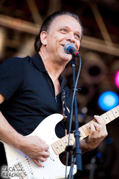 Jimmie Vaughan and the Tilt-A-Whirl Band-4.jpg