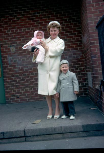 mommy robert pat outside ps199.jpg