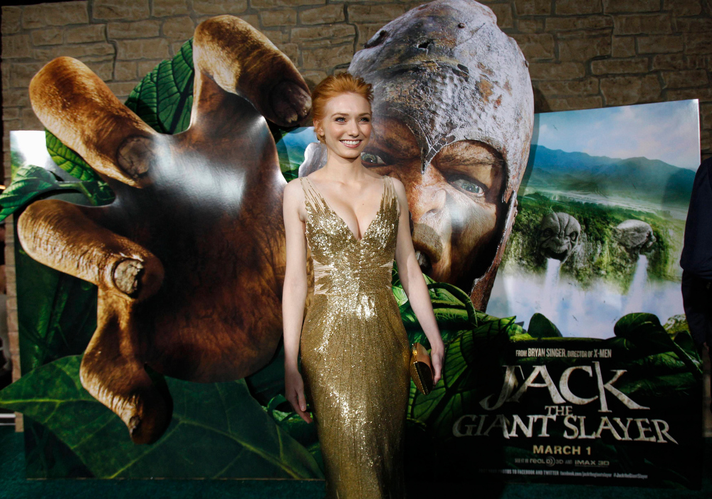 ". Cast member Eleanor Tomlinson poses at the premiere of ""Jack the Giant Slayer\"" in Hollywood, California February 26, 2013. The movie opens in the U.S. on March 1.  REUTERS/Mario Anzuoni"
